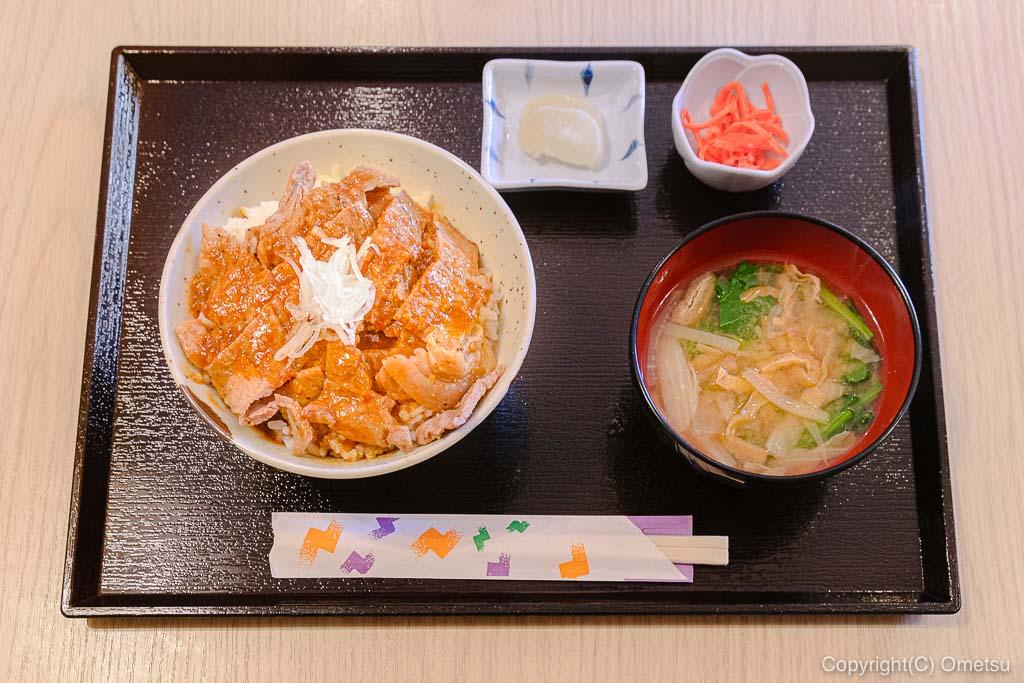 武蔵五日市「とんとん」の豚丼