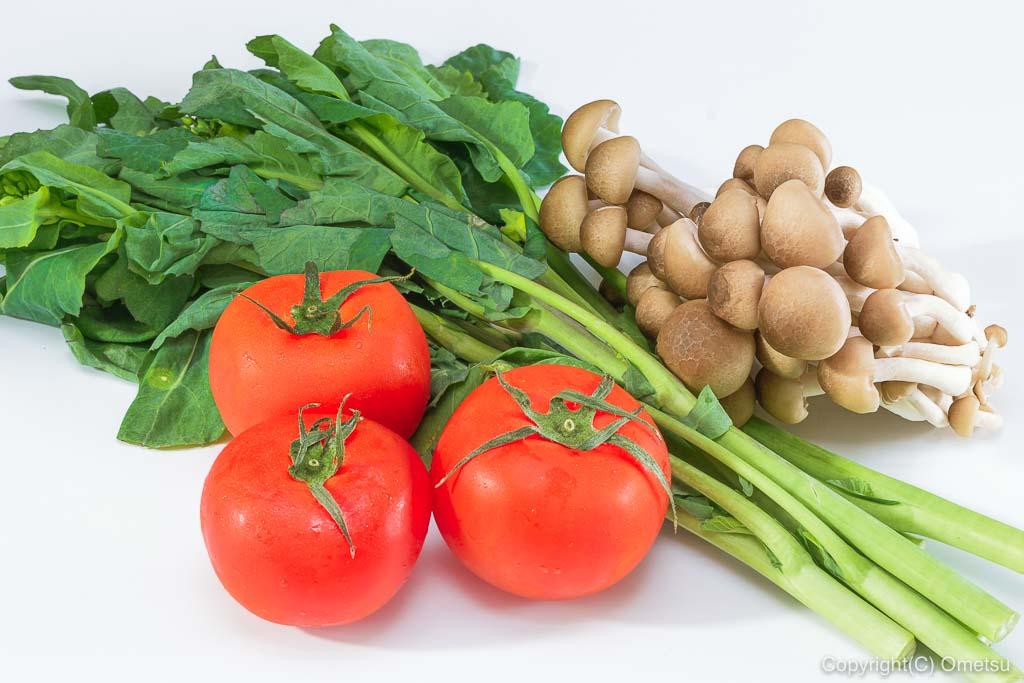 のらぼう菜、トマト、ぶなしめじ