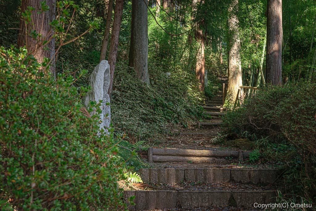 あきる野市・大悲願寺の、お遍路道