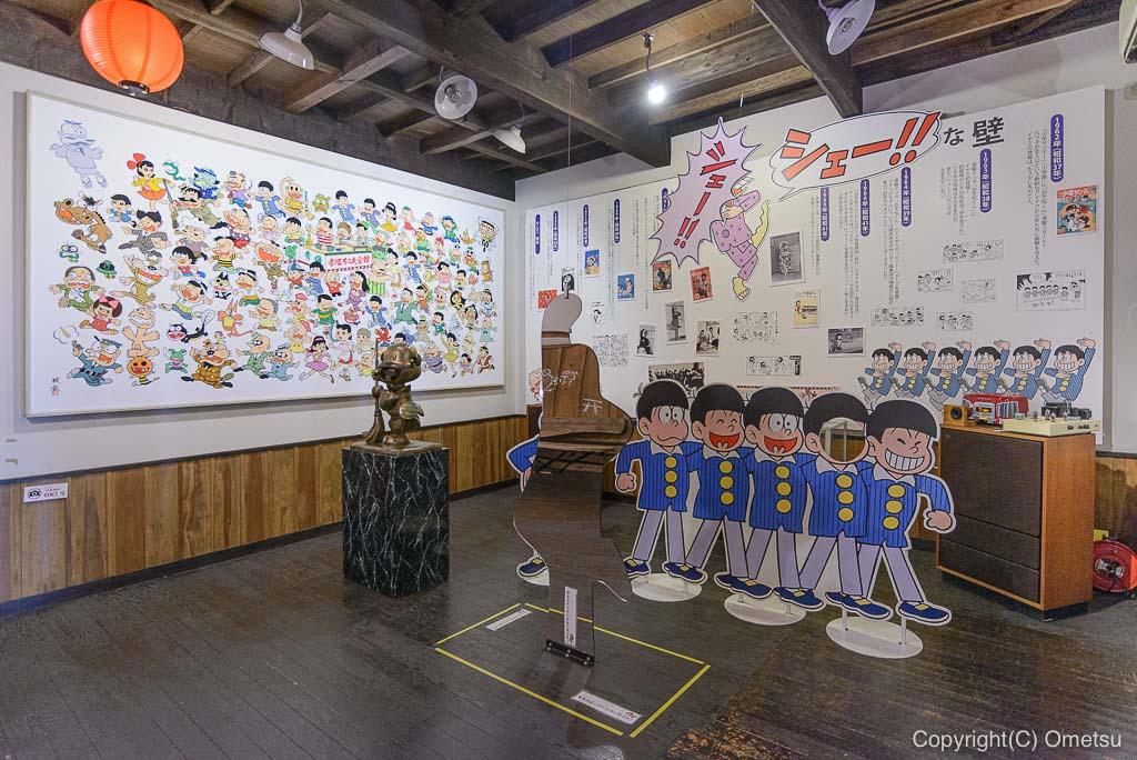 青梅赤塚不二夫会館の、館内