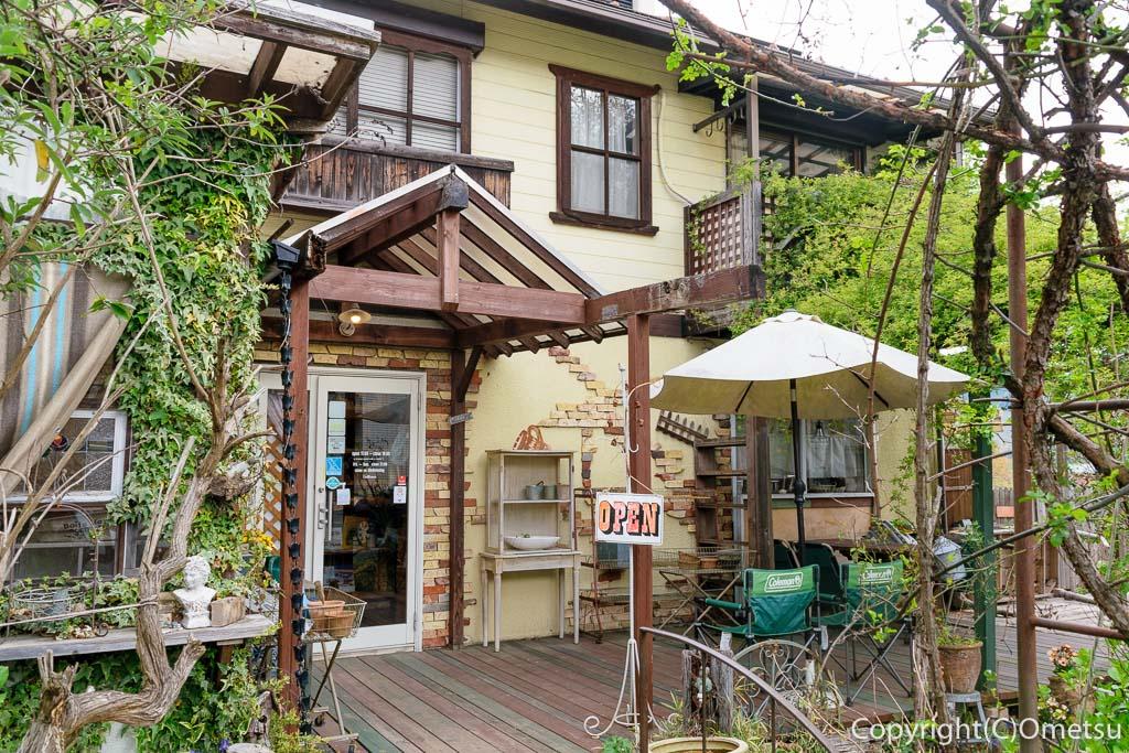 青梅のカフェレストラン、アイムホームの外観