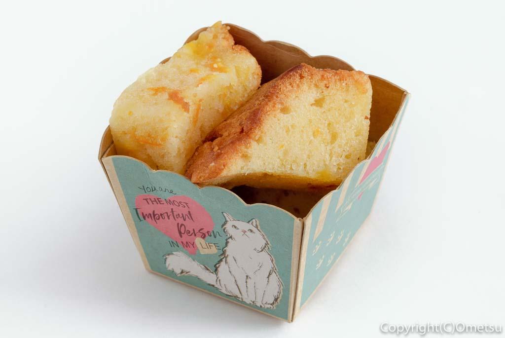 青梅のカフェ、Cafe Pecoraのパウンドケーキ