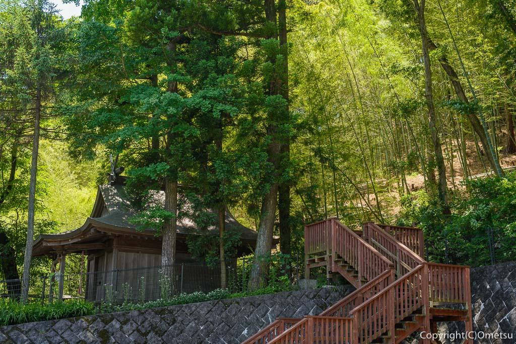 草木丘陵コースの八雲神社