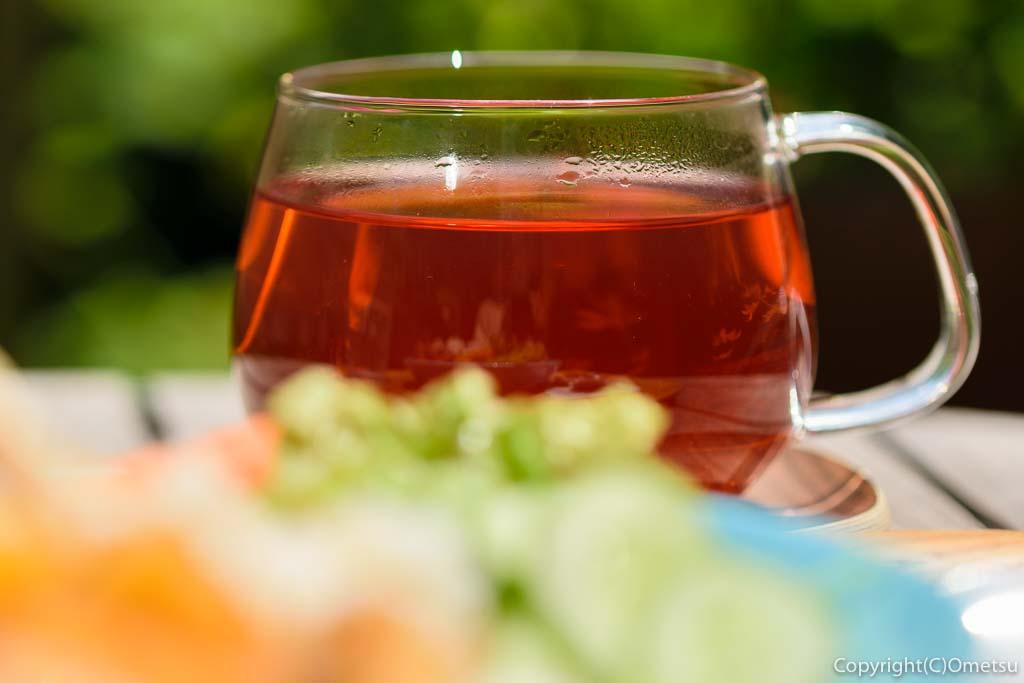 カフェ・ユバのトルコ・ワンプレートランチのエルマチャイ