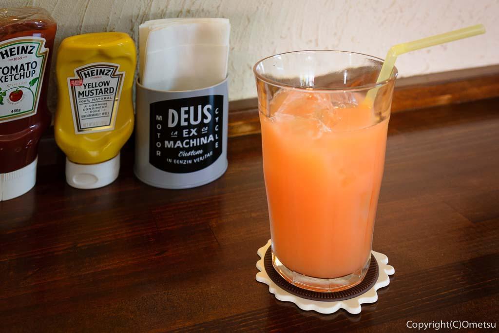 あきる野の、カフェモハベの、グレープフルーツジュース