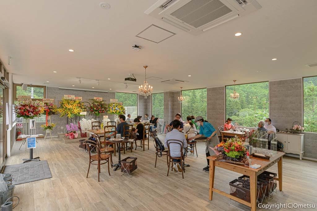 青梅市御岳のカフェ、ミタケテラス