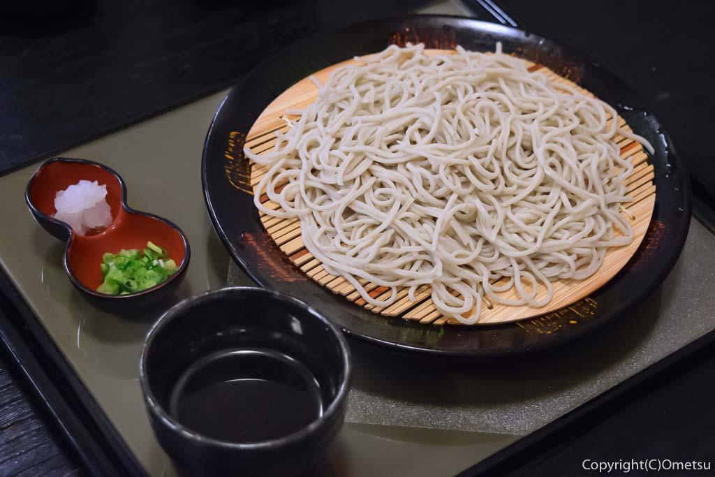 青梅の「そば処・和樂」の蕎麦