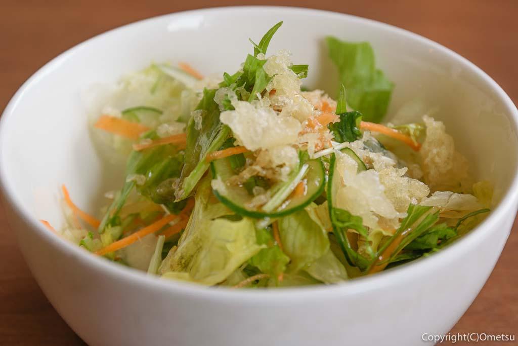 青梅・二俣尾の、蕎麦店「かわしま」の天かすサラダ