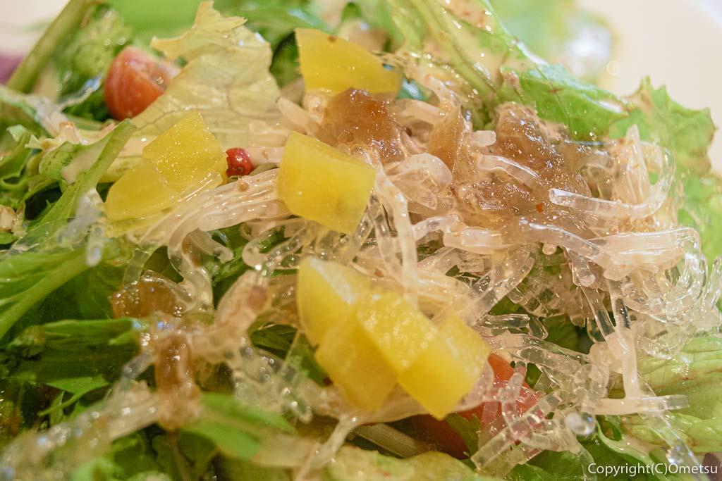 青梅・河辺のカフェ「もりのねこ」のサラダ