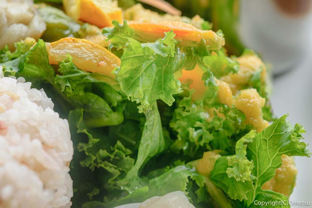 青梅・新町のむくカフェのカレーのサラダ