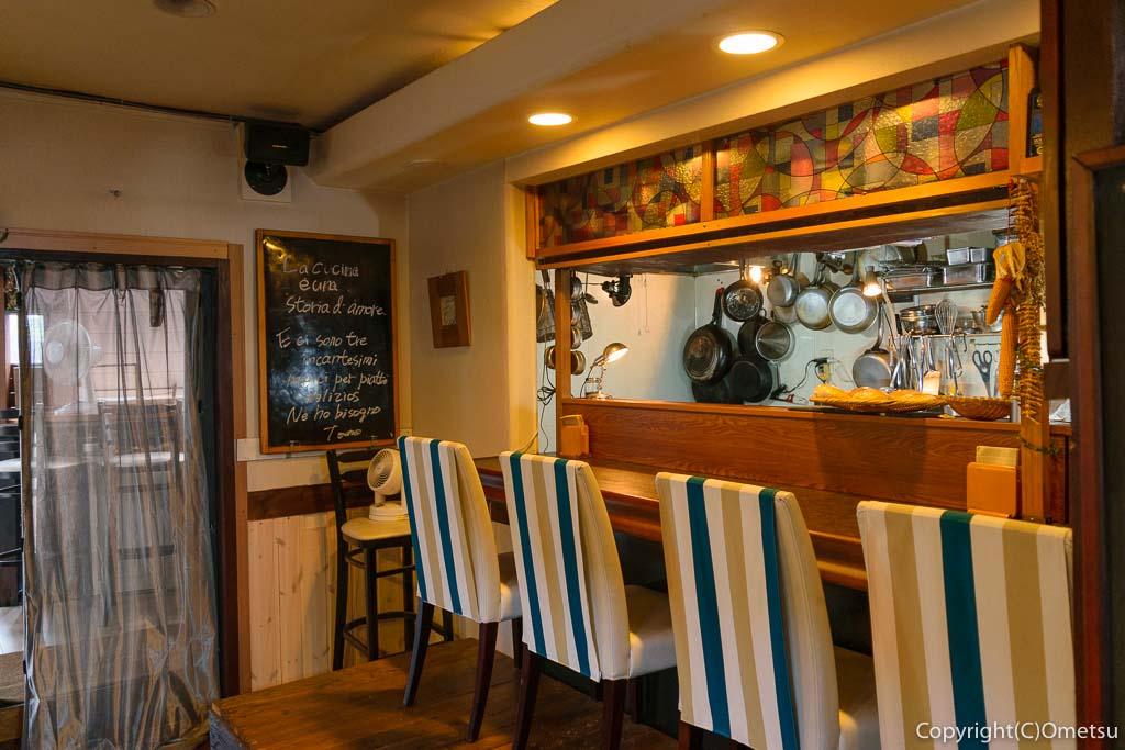 羽村市のHanenaka Cafeの店内