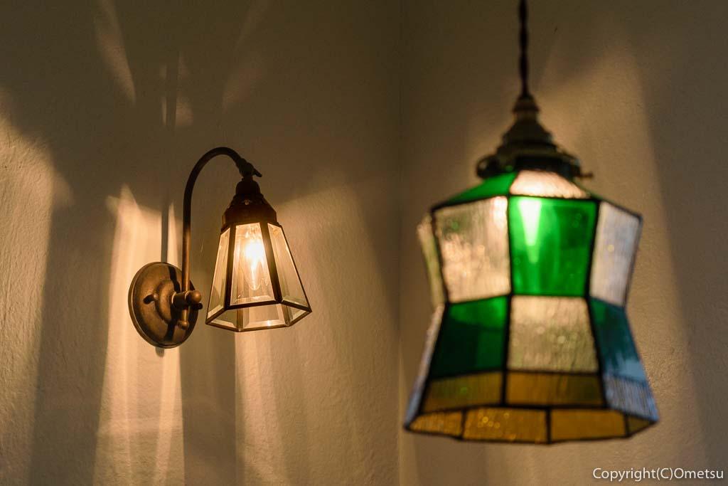 羽村・五ノ神のベーカリー、クレメルの照明