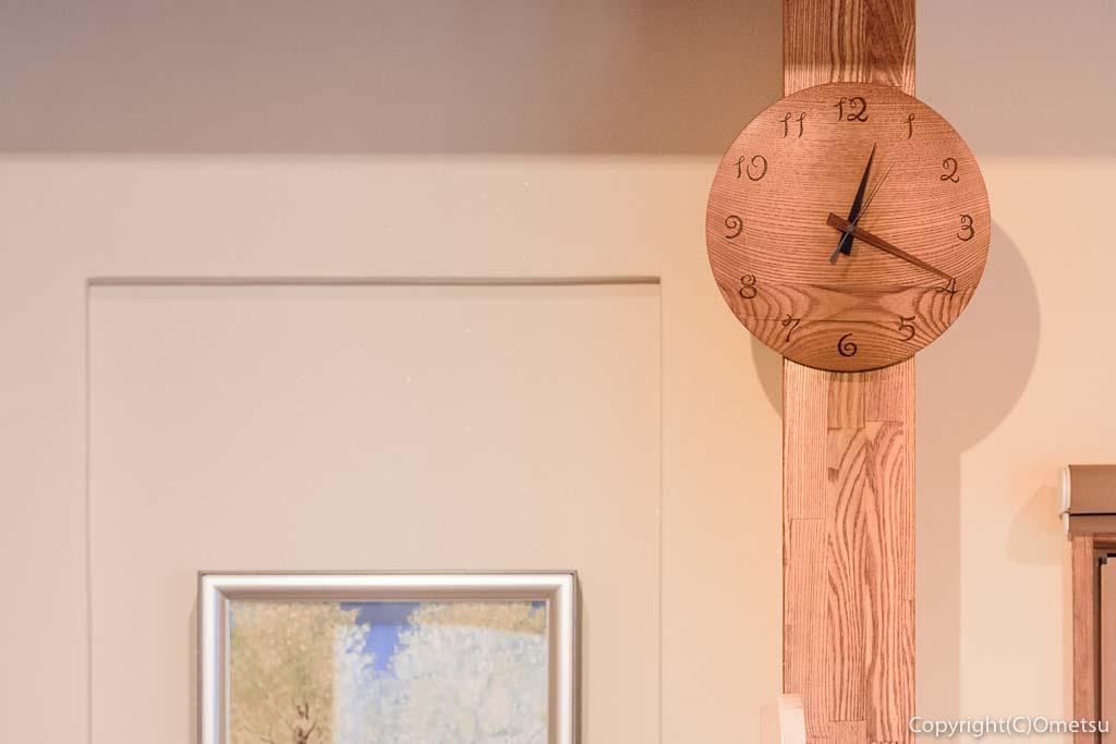 青梅の「カフェHaruKiyo」の時計
