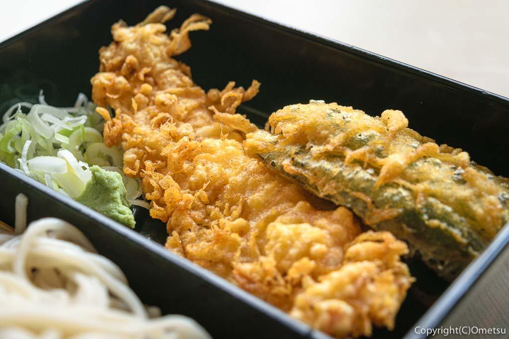 青梅市・東青梅の蕎麦店、「大むら」の、天ぷら