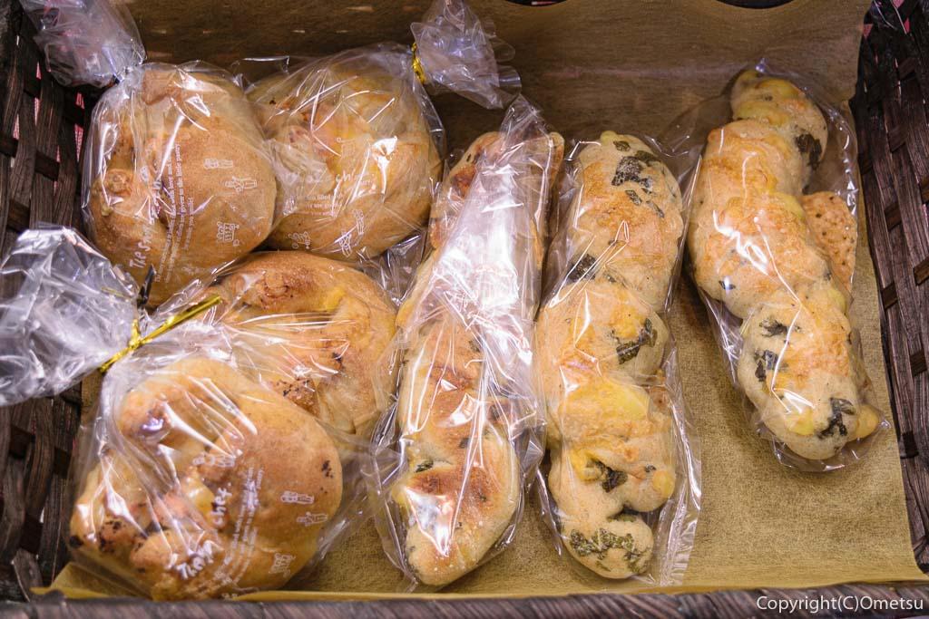 青梅市・東青梅パン屋さん、みか築や パン工房のパン