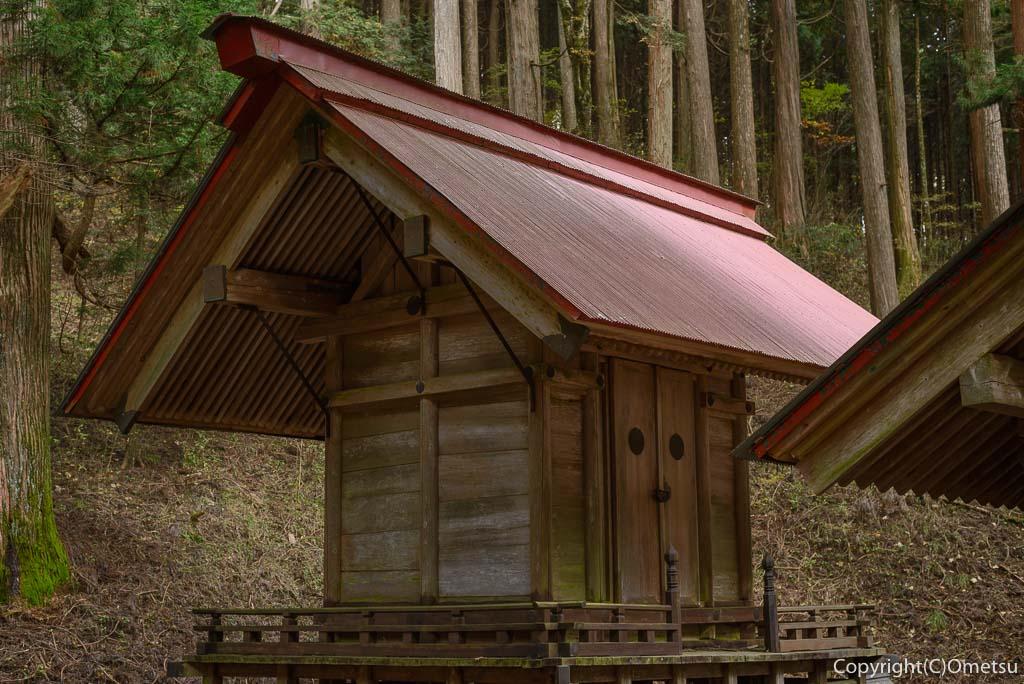 大岳山の、大嶽神社