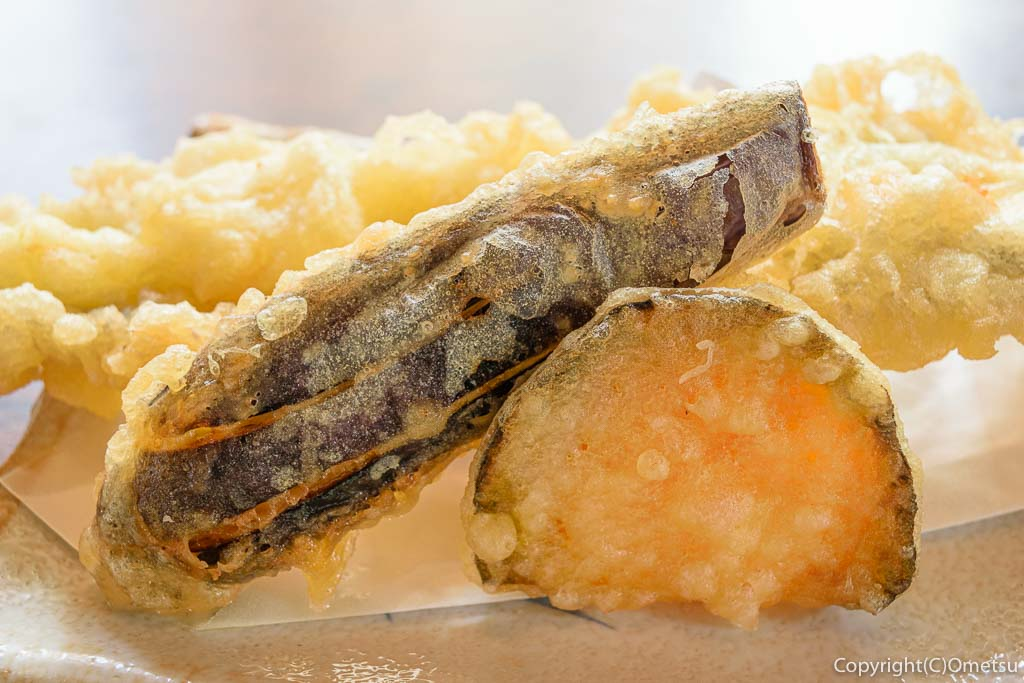あきる野市の蕎麦店、いそ屋の、天ぷら