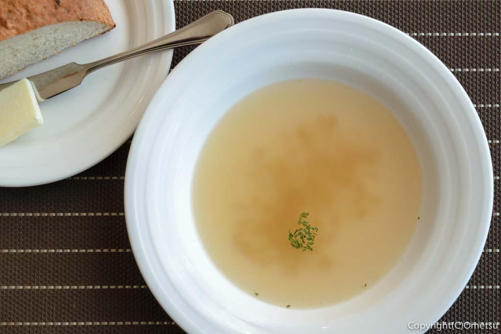 羽村市の欧風料理店、セレンディップのオニオンスープ