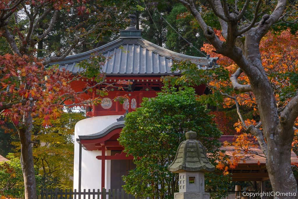 青梅市・成木の安楽寺の、宝篋印塔