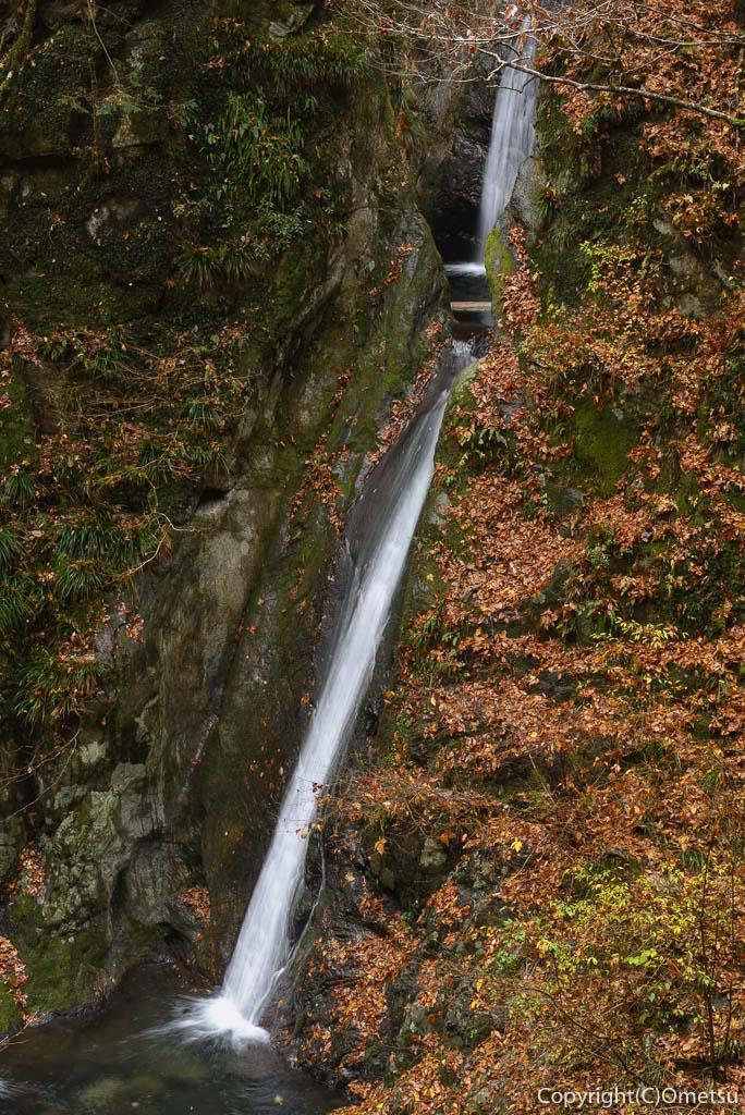 海沢渓谷の、天狗岩の滝