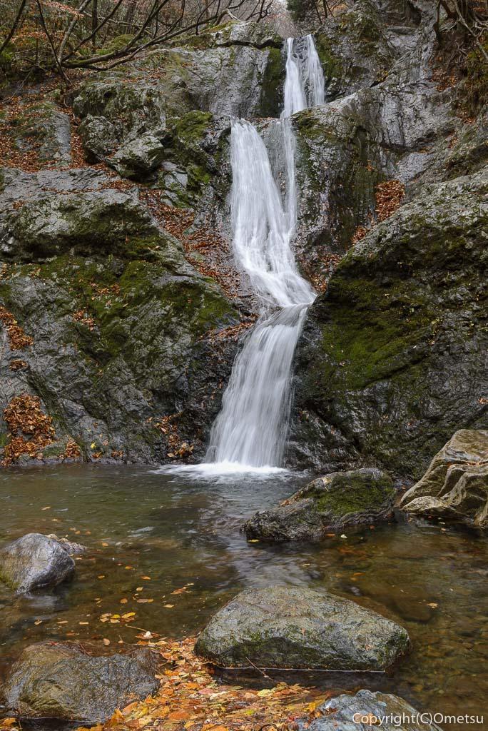 海沢渓谷・三ツ釜の滝
