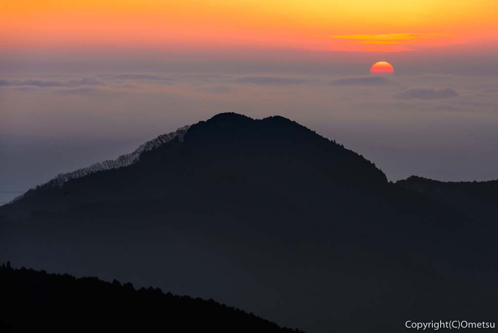 青梅市・御岳山・長尾平からの日の出