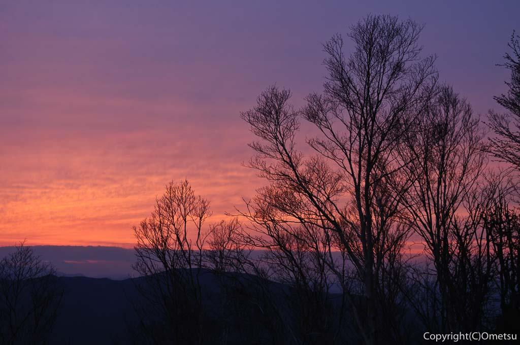 雲取山頂からの夕景