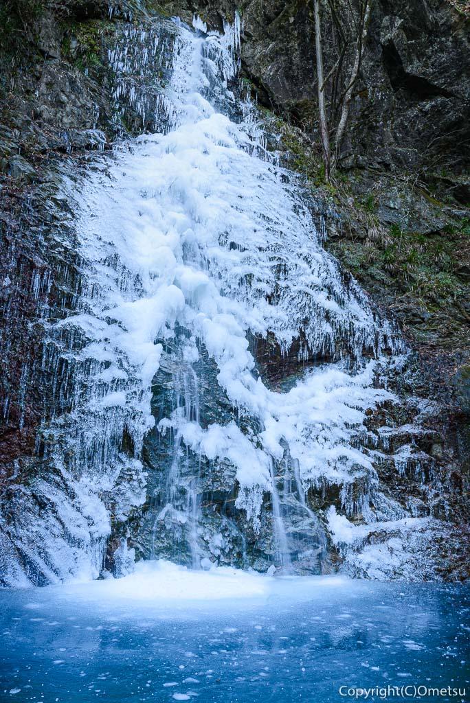 檜原村・払沢の滝の、氷瀑