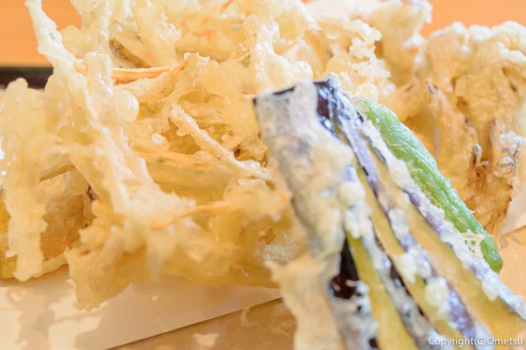 あきる野市・信州安曇野手打ち蕎麦 たか瀬の、野菜天ぷらせいろ