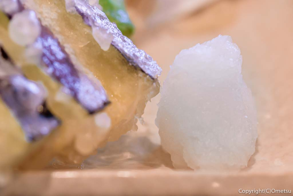 あきる野市・信州安曇野手打ち蕎麦 たか瀬の、野菜天ぷらせいろの、大根おろし