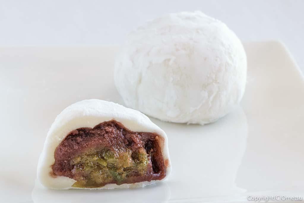 青梅市の和菓子店・梅菓匠  にしむらの、二代目・梅大福