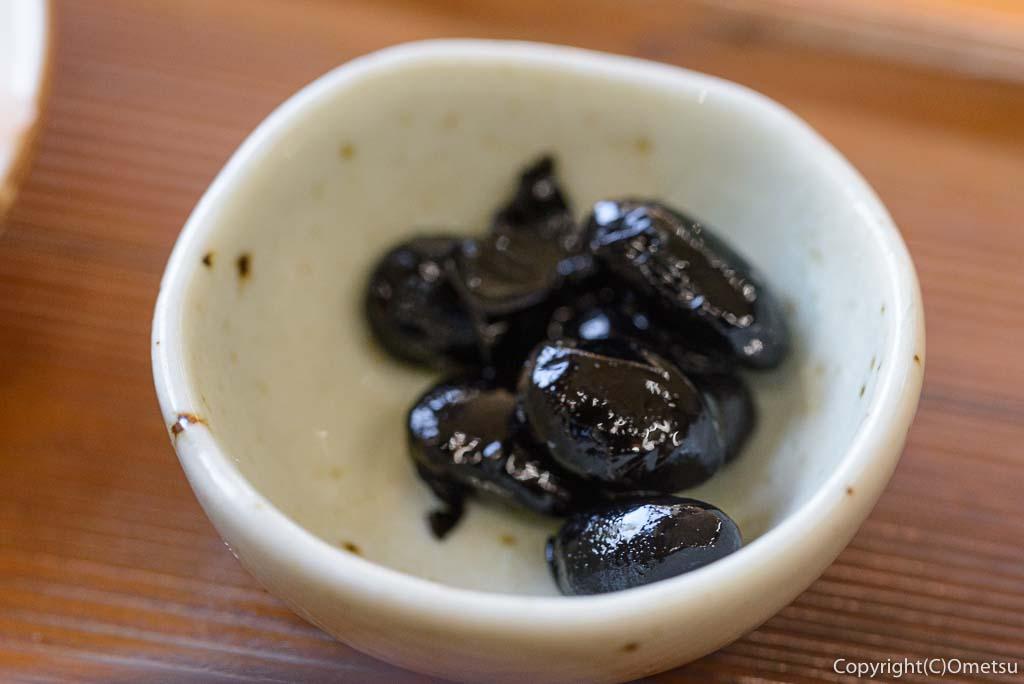 青梅市・二俣尾の、「奥多摩釜めし 愉宇」の釜めしミニセットの黒豆