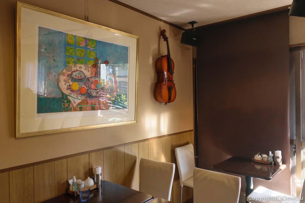 羽村の洋食料理店・LARGO(ラルゴ)の店内