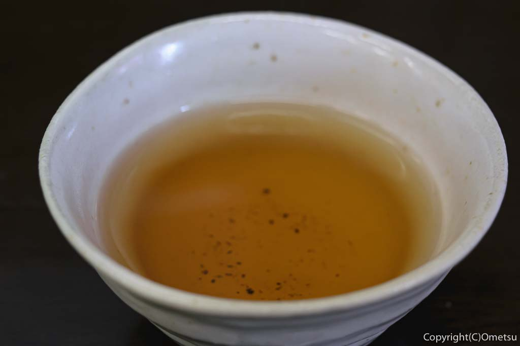 青梅・担々麺杉山の、担々麺のジャスミン茶