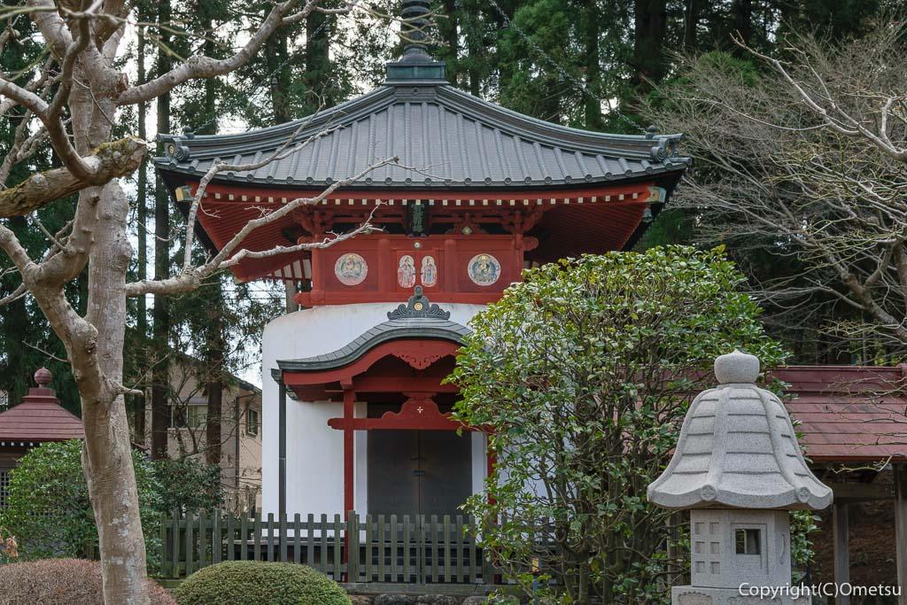 青梅市・成木の安楽寺の宝篋印塔