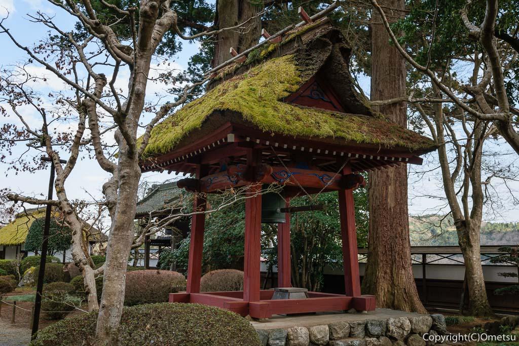 青梅市・成木の安楽寺の鐘撞き堂