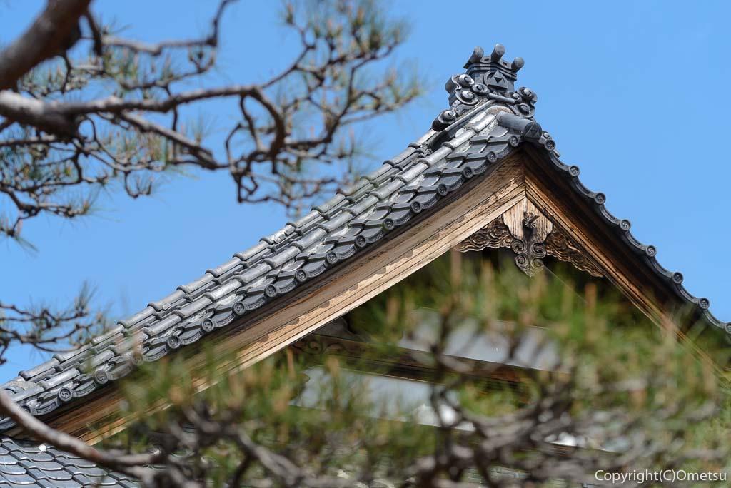 あきる野市・普門寺の本堂