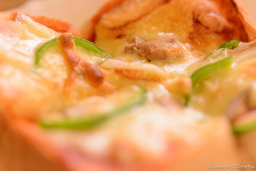 青梅市のカフェ・ウォールナットのピザトースト