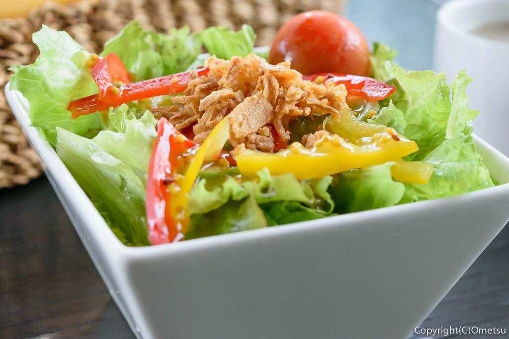 羽村市のクウォーターカラットのランチのサラダ