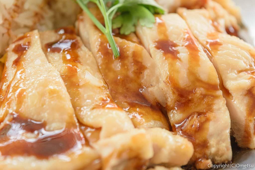 日の出町の屋台レストラン・Sunday Village(サンデービレッジ)のシンガポールライスの鶏肉