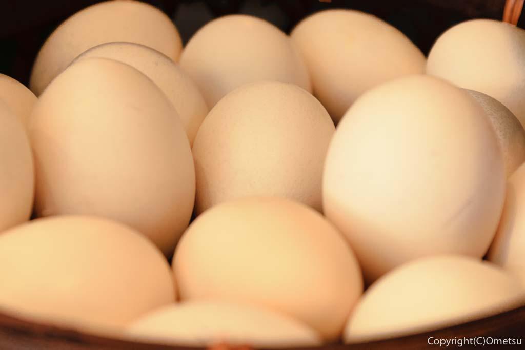 奥多摩町・奥多摩駅近くの「卵道〜TAMAコレクション〜」のかわなべ鶏卵の、ホワイト卵