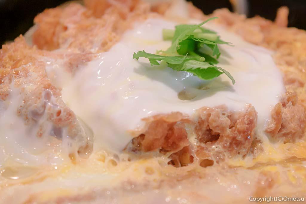羽村市・小作台の丼専門店、味里丼の「三元豚 特上カツ丼」