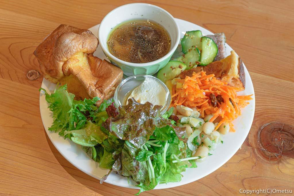 小作駅東口の、杜Cafe・無垢damonte(モリカフェ・ムク ダモンテ)の前菜