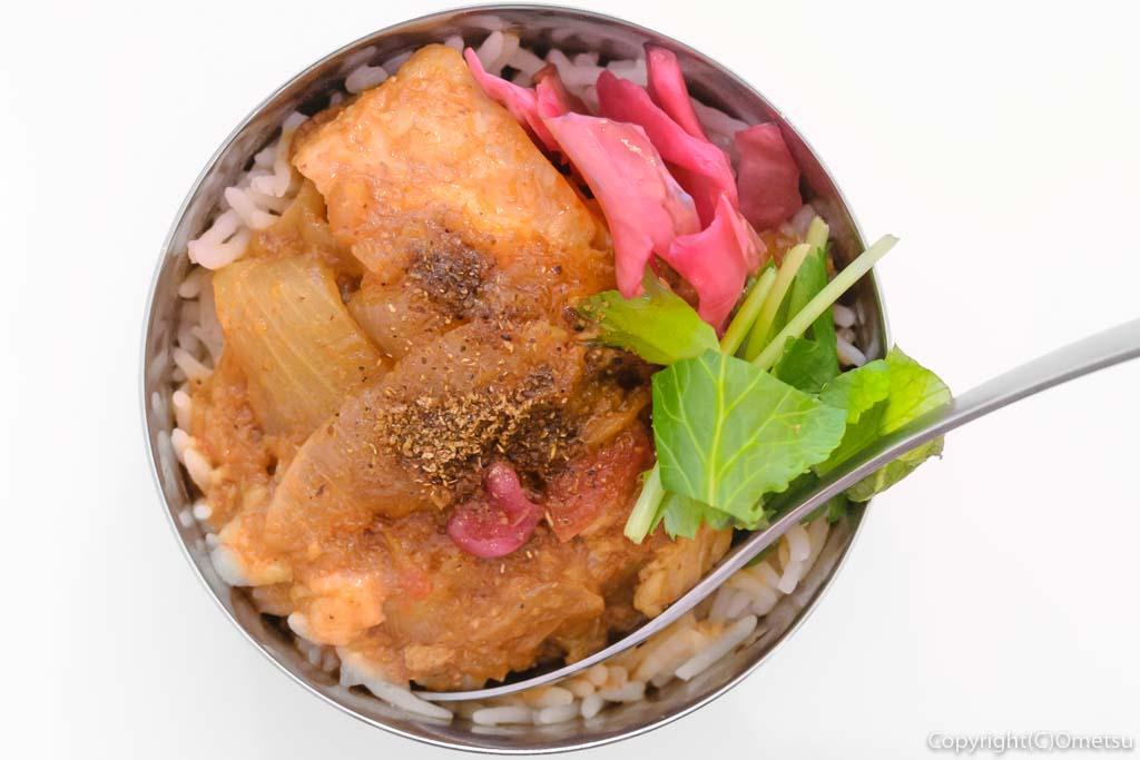 羽村市の、まぜそば・カレー専門店、「チリン☆ドロン」の、カレー
